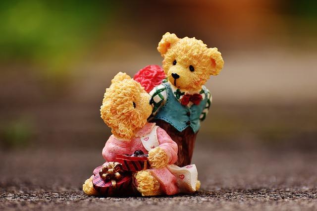 lovers-1610282_640.jpg