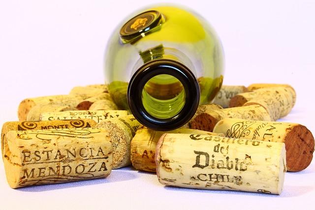 wine-780102_640